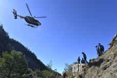 Lufthansa a facut prima plata catre rudele victimelor. Vestea cea mai proasta vine insa din munti: Niciun corp nu e intact