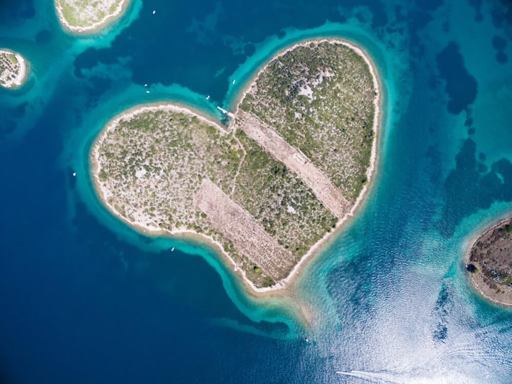 Insula Galesnjak din Croația, un refugiu pentru îndrăgostiți