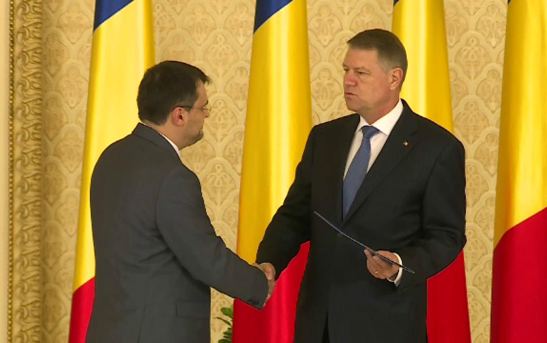 Cristian Ghinea a fost investit in functia de ministru al Fondurilor  Europene. Klaus Iohannis a semnat decretul de numire - Stirileprotv.ro