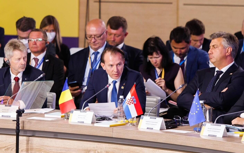"""Summit în Kiev, """"Platforma Crimeea"""". Cîțu: România susține integritatea  teritorială a Ucrainei - Stirileprotv.ro"""