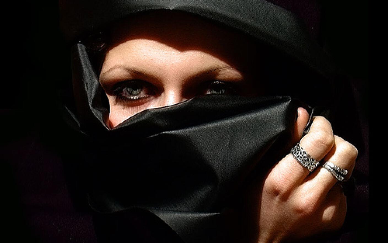 Dating Femeie araba Belgia vreau sa fac cunostinta cu fete din Slatina