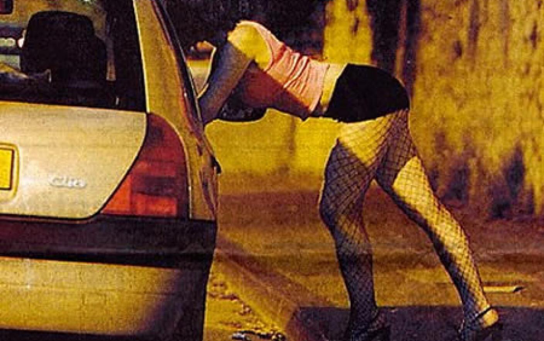 Проституция у себя в квартире, «Каждая сталкивается с насилием»: Я работаю 8 фотография