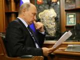 Vladimir Putin decretează sancţiuni împotriva Ucrainei