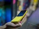 Nokia 8110 a fost relansat. Celebrul telefon al anilor 90, din nou în magazine