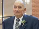 Un bătrân de 88 de ani a murit erou după ce a salvat doi copii din calea mașinii