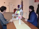 Tot mai multe firme românești construiesc roboți. Angajaţii pe care i-ar putea înlocui