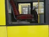 Cum a fost posibil ca o fată să cadă pe geamul autobuzului, în Ploieşti. Parcă e ghetou