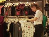 Reduceri uriașe în magazine. Ce mai poate fi cumpărat la prețuri derizorii