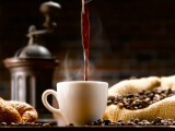 Studiu: Consumul a trei - patru cafele pe zi, beneficiu pentru sănătate