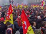 franta-blocata-de-grevele-sindicali