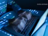 Unul dintre cele mai populare site-uri pentru atacuri cibernetice, închis de poliţie