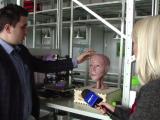 Robot capabil să vorbească, proiectat de cinci studenți din Iași