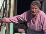 """O bătrână a fost lăsată fără 5.000 de lei. """"A spus că i-a tăiat picioarele fetei"""""""