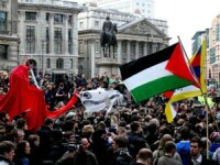 Mii de oameni protesteaza la Londra impotriva Summit-ului G20. Vezi IMAGINI