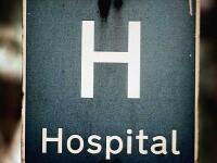 Tratament psihiatric la un spital din Iasi:pumni in fata pe post de calmant