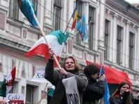 Zeci de mii de georgieni cer demisia presedintelui Mihail Saakashvili