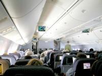 Avion zguduit de turbulente, aterizat de urgenta la Miami! Zeci de raniti