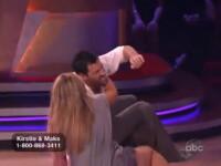 VIDEO. Atentie, pica bombe! Kristie Alley a cazut la Dancing with the stars