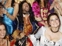 FOTO. Scandal la Casa Regala. Pippa Middleton, la o petrecere destrabalata cu