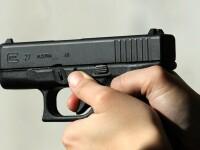 Un elev de 16 ani din Bucuresti este cercetat de politisti dupa ce a tras cu pistolul intr-o vitrina
