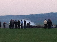 Elicopter prabusit langa Tulcea. Un pasager a sarit din aparatul care cadea si a fost lovit de elice