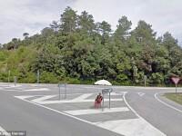 A surprins cu Google Street View prostituate in cautare de clienti. Pozele l-ar putea imbogati