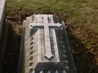 Au mers sa depuna flori la mormantul fiului lor. Cu cine s-au intalnit la cimitir