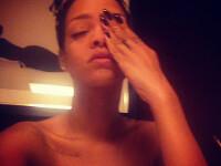 Rihanna, hartuita de un fan. De ce a fost nevoita sa obtina un ordin de restrictie