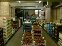 Peste 370 de kg de legume si fructe si alte obiecte de uz casnic confiscate de politistii clujeni