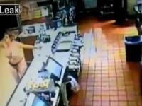 O femeie din SUA a facut dezastru intr-un McDonald's. Intreg incidentul a fost inregistrat de camerele de securitate. VIDEO