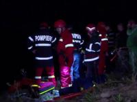 Operatiune de salvare complicata in Deva. 20 de oameni s-au chinuit sa scoata trei tineri dintr-o prapastie
