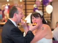 S-au casatorit dupa 14 ani, la Pizza Hut. Povestea cuplului care si-a organizat nunta la un fast-food