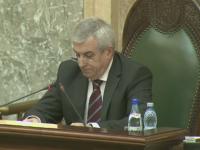 Mii de persoane au semnat petitiile pentru demiterea lui Tariceanu: