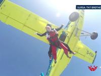 Sporturile extreme, tot mai populare printre romani. Cat costa saltul cu parasuta sau o ora de zbor cu balonul cu aer cald