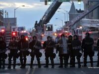 Noi confruntari violente intre politie si protestatari la Baltimore. Nu au fost anuntate arestari