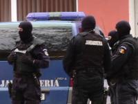 Patru camatari, retinuti de procurorii DIICOT. Interlopii dadeau zeci de mii de euro cu dobanzi de pana la 10 la suta