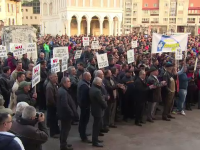 Salarii mai mici pentru 4.000 de angajati ai Complexului Energetic Hunedoara. Masurile luate pentru a evita falimentul
