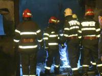Incendiu la un depozit de textile din Capitala. Ce au gasit pompierii in interior, dupa ce au stins flacarile