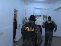 Cei 7 tineri din Dambovita, arestati preventiv pentru viol, vor sa fie in libertate. Reactia rudelor adolescentei