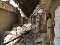 O cladire s-a prabusit in India. Un om a murit si alte persoane sunt prinse sub daramaturi