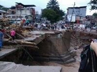 Cel putin 112 morti si 120 de raniti in urma unei alunecari de teren in Columbia. 17 cartiere, rase de pe fata pamantului
