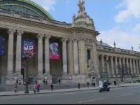 Doi hoti au reusit sa fure un sac cu bijuterii din faimosul Grand Palais din Paris. Cum au dat lovitura de 200.000 de euro