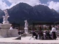 Au reaparut cafenelele regale in statiunile de pe Valea Prahovei. Cum arata Casa de Ceai a Reginei Maria dupa restaurare