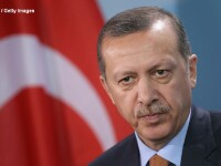 La 9 luni de la tentativa de puci, Erdogan este la un pas de puterea absoluta. \