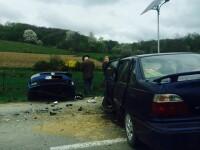 Sapte persoane, printre care trei copii, ranite dupa ce doua masini s-au ciocnit in judetul Bacau