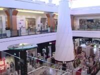 Solutia autoritatilor pentru ca angajatii sa fie mai amabili. Institutiile statului se muta in mall-uri