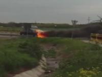 Un Porsche a luat foc pe centura de nord a Craiovei. Masina inmatriculata in Bulgaria nu era asigurata