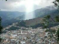 Locuitorii unui oras din Columbia sunt convinsi ca Iisus Hristos a aparut deasupra unei zone distruse de alunecari de teren