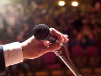 Un bărbat a murit pe scenă, când urma să primească un premiu. VIDEO
