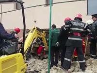 Muncitor mort, după ce un zid de cărămidă s-a prăbușit peste el